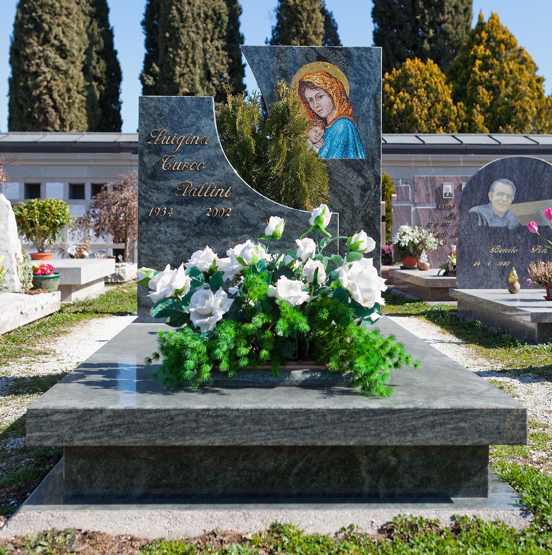Arte_funeraria_lapidi_marmo_udine_friuli_10